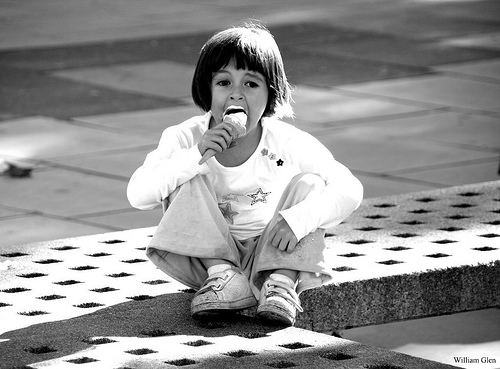 Girl eating ice cream http://www.flickr.com/photos/williamglen/3172916309/