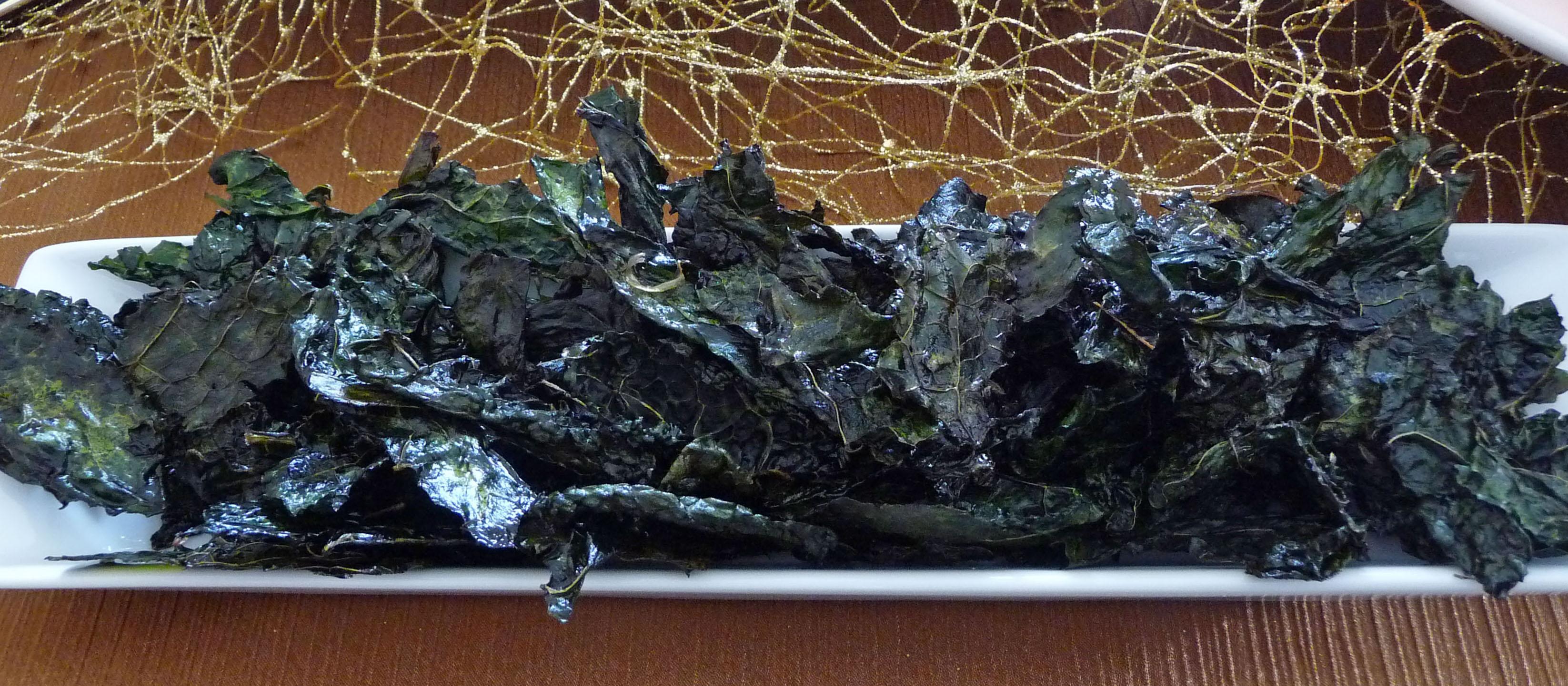 Crispy Kale Chips (c) jfhaugen