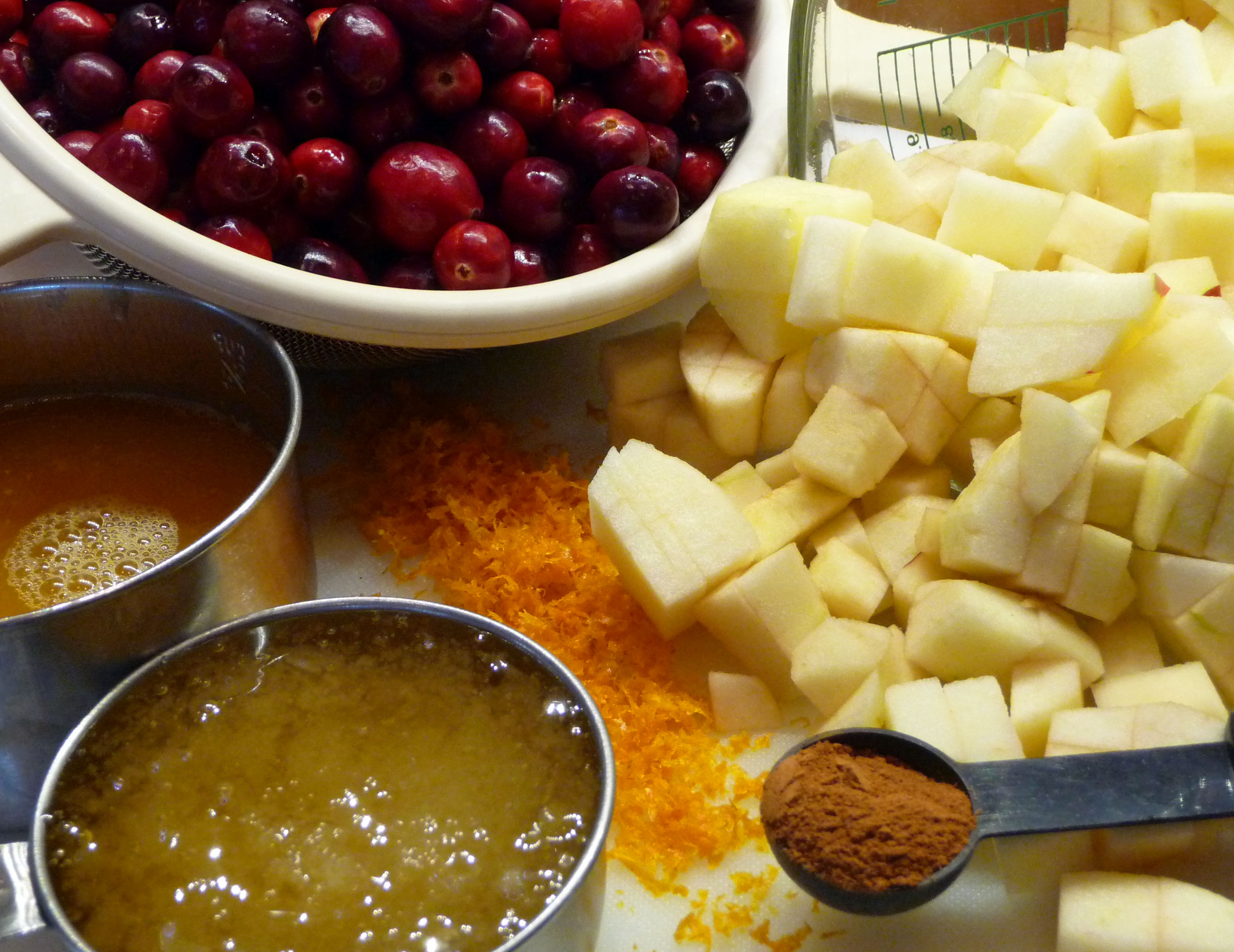 Ingredients for Cranberry Apple Crostata filling (c) jfhaugen
